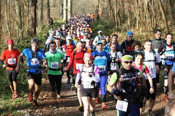 Trail 78 organisé par l'ASR TRAIL78. Trails de 42 km et 24km: une vraie course nature !
